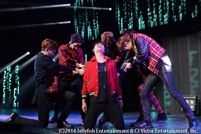 VIXX 1st Fan Meeting in Japan ~STARLIGHT~ 4のコピー