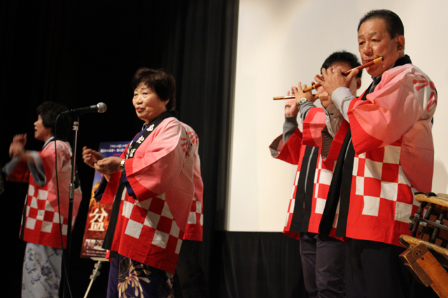 (左から)井戸川容子・伊藤美恵子・木幡親子s