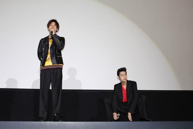 smallキセキ大阪舞台挨拶3(左から松坂桃李、菅田将暉)S