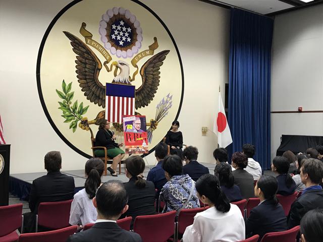大使館写真2s