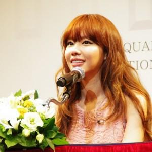 キム・アジュン、ファーストファンミーティング「LIVE SHOW IN JAPAN 2012」開催