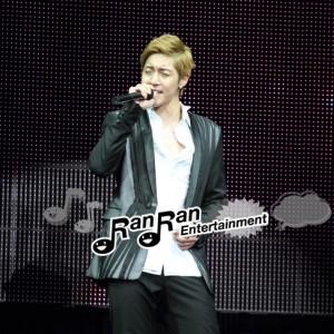 キム・ヒョンジュン、『Break Down』初のショーケース開催でファン熱狂!!