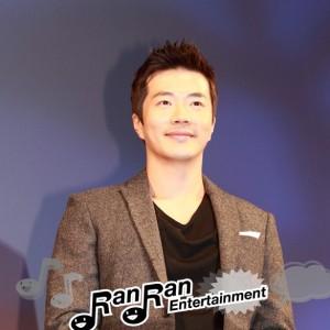 クォン・サンウ、映画『痛み』ジャパンプレミアで舞台挨拶に登場!