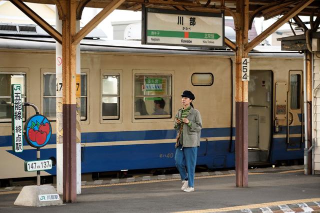 五能線と奥羽本線が合流する川部駅S