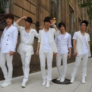 「CODE-V BEST OF THE BEST」スペシャルコンサート2011開催♫