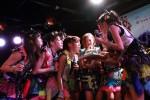 "Cheeky Parade結成1周年!結成時の衣装でサプライズ登場!""既にアイドル界に敵ナシ""小生意気パフォーマンスで観客を魅了!!"