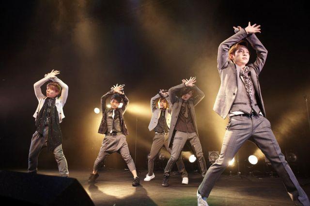 s-SHU-I_live2